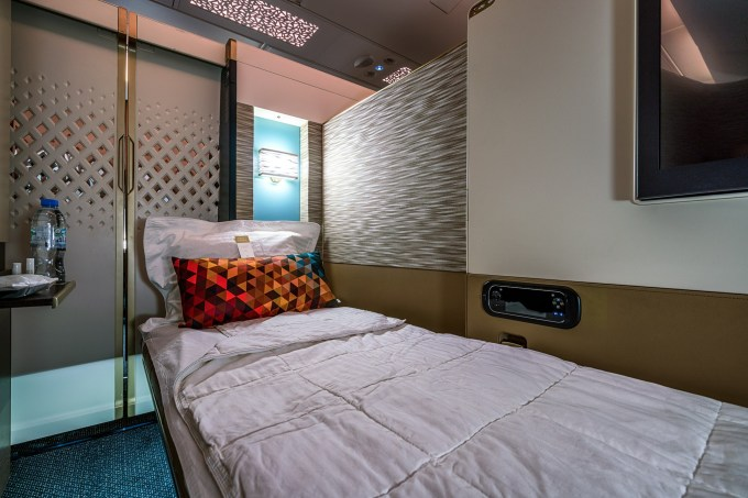 etihad-a380-first-class-review-31