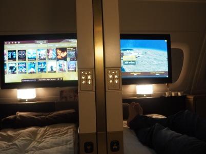 看電視睡覺