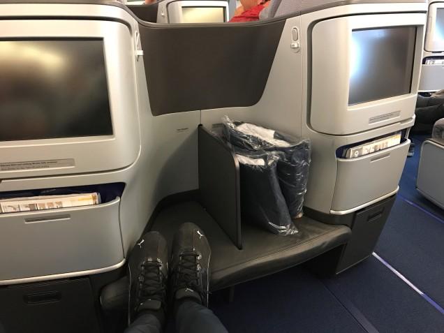LH 380 Seat Storage